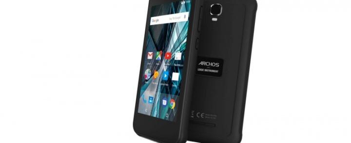 ARCHOS na IFA 2017. Pancerny smartfon i tablet, który nie boi się wody